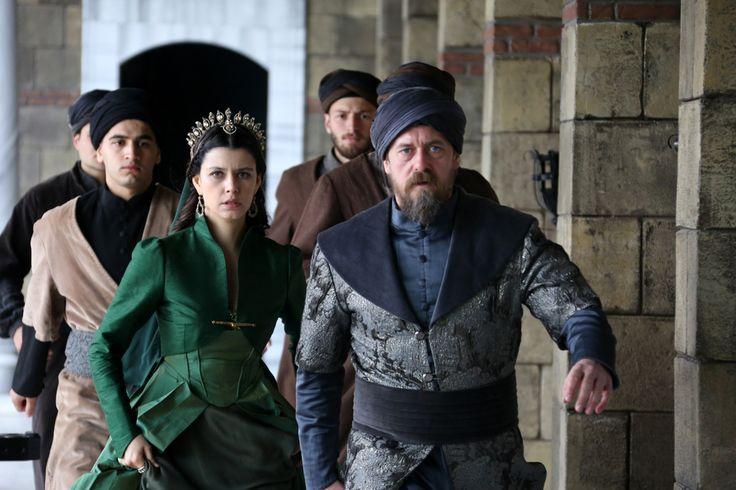 Muhteşem Yüzyıl: Kösem sezon finali özet ve fotoğrafları Beren Saat Öykü Karayel