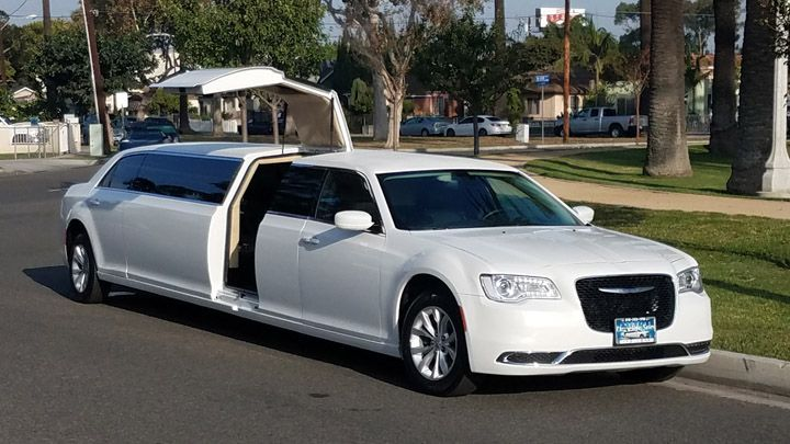 If you are looking for best & comfortable limo service in great neck then #Roslynlimo is here to provide you the best limo service in great neck. Stylish, Comfortable, reliable & speedy ride which you deserve. Hire us for best limo service in great neck. Visit our site or Call us 516-484-3200 https://goo.gl/3y6kXn