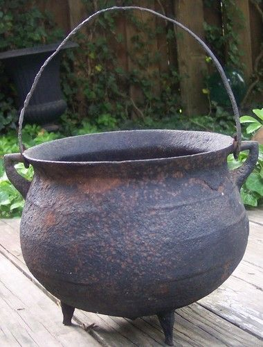 Antique Cast Iron Cauldron 19thc Fireplace Hearth Kettle