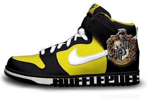Harry PotterGeek, Shoes, Fashion, Harry Potter Shirts, Clothing, Hufflepuff Pride, Awesome Hufflepuff, Hufflepuff Sneakers, Nike