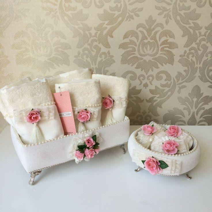 Çiçekli Havlu Seti&Sabun Takımı