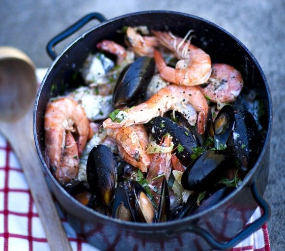 Quick-west-coast-seafood-potjie-1160x1010px