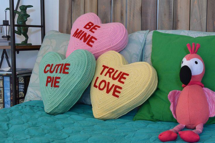 Conversation Heart Pillow – Free Crochet Pattern