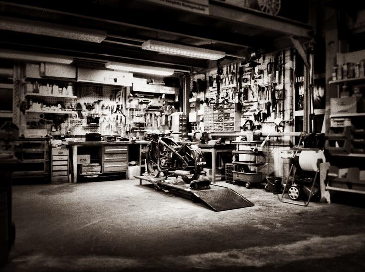 Custom garage hopf engineering home workshop for Custom garage workshop