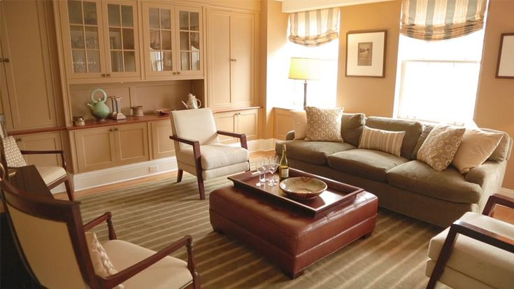 Living room furniture arrangement with tv for Living room dining room furniture arrangement