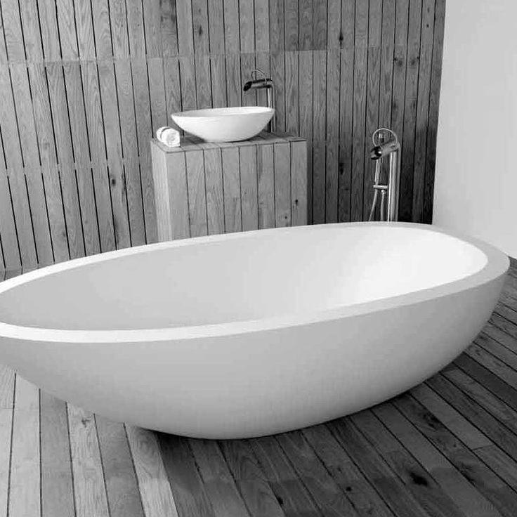 Die besten 25 standarmatur badewanne ideen auf pinterest bemalter schminktisch led lampe - Standarmatur badewanne ...