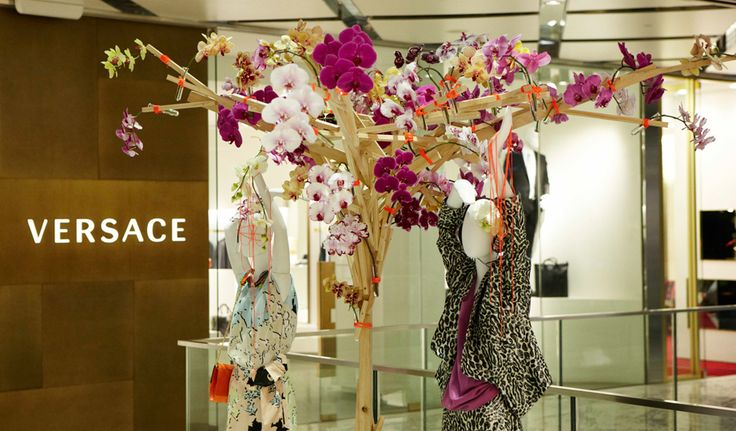 #Floral #Tree #Installation #Visual #Merchandising #Events #PohoFlowers #Poho #Flowers