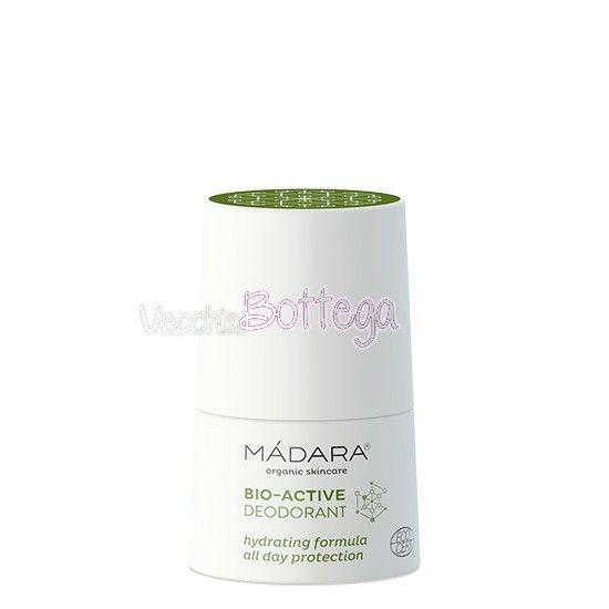 Deodorante bio Madara Cosmetics. Deodorante naturale e biologico di Madara Cosmetics alle erbe, contiene anche salvia, dall'effetto purificante ed astringente e menta rinfrescante.  Senza allume di potassio. Non blocca la traspirazione, non unge. Effetto lunga durata. Ideale per tutti i tipi di pelle, anche quelli più sensibili. #madaracosmetics #deodorante #vecchiabottega #deodorantepellesensibile #acquistionline #negoziobio #biocosmesi #cosmeticibio #sudorazione