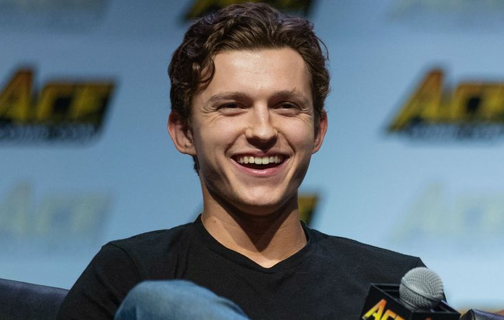 Tom Holland Reveals His Favorite On-Screen Bromance!