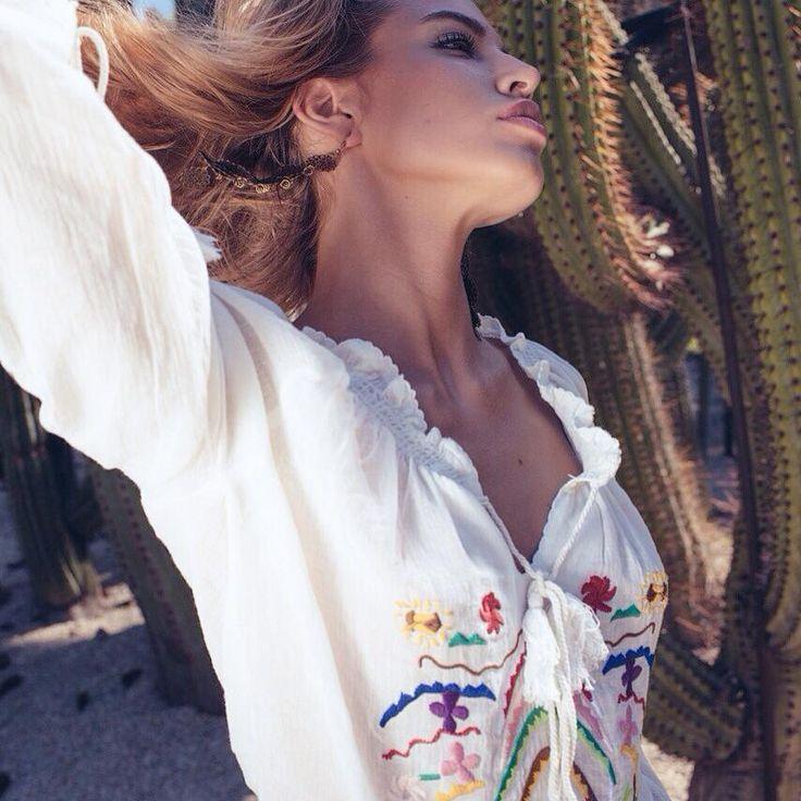 lovely thanks to amazing @goicoechea22 for summer collection #ninakaufmannofficial #boho #gypsy #hot #summer #fashion #blouse #desert >>> http://www.ninakaufmann.com/fr/blouse-malibu.html