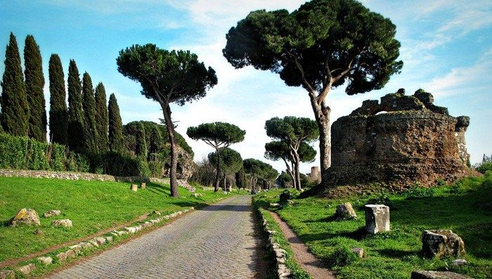 Ancient Appian Way walk itinerary with downloadable map