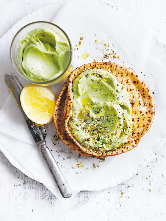 avocado hummus with dukkah and toasted flatbreads from donna hay fresh + light issue 2