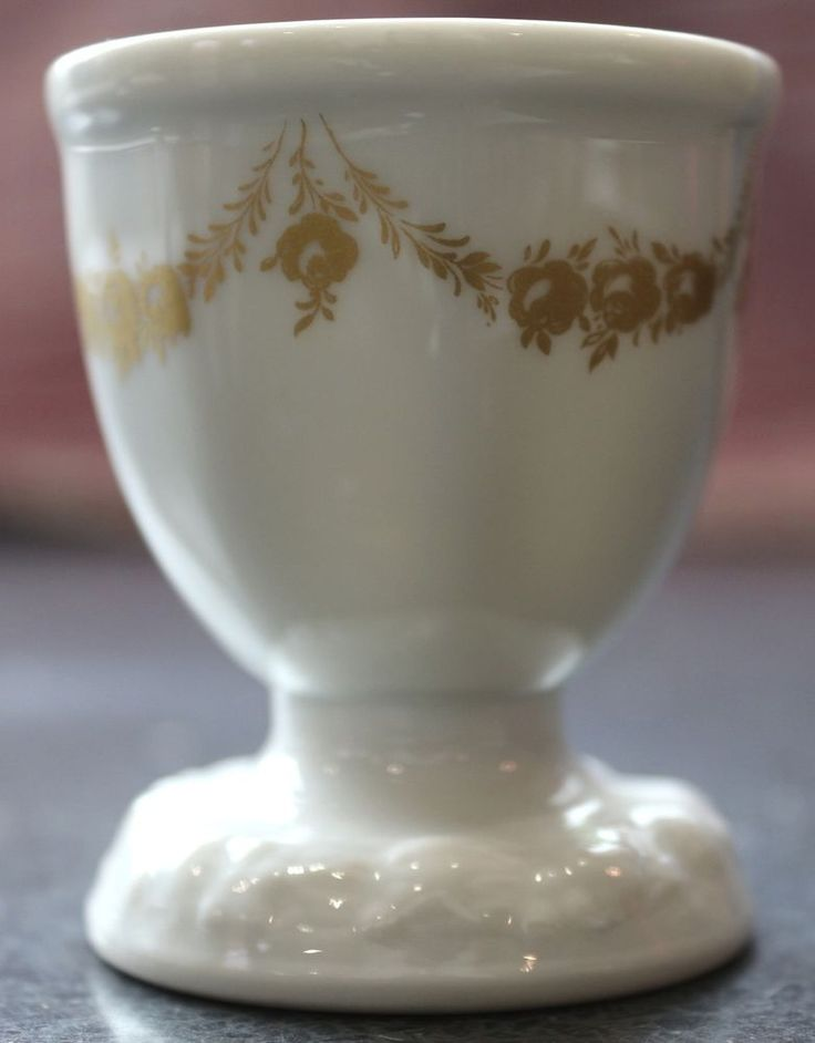 Rosenthal Maria Shaped Egg Cup, Gold Garland, Pocillovy, Coquetiers