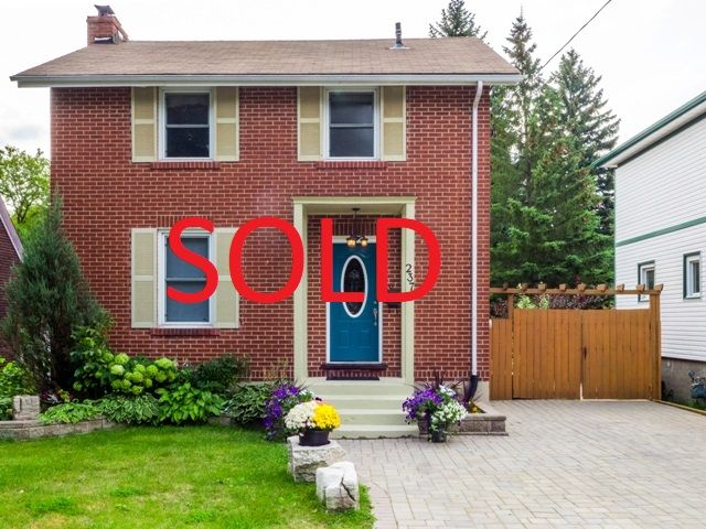 We SOLD 237 Wembley Dr! Thinking of selling your Sudbury home? Call 705-470-3444 or visit www.SudburyHomeSearch.ca/home-evaluation.php for your Free Home Evaluation today!