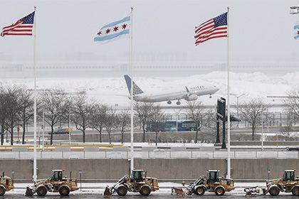 В аэропортах США отменили более пяти тысяч рейсов из-за снежной бури http://mnogomerie.ru/2017/03/14/v-aeroportah-ssha-otmenili-bolee-piati-tysiach-reisov-iz-za-snejnoi-byri/  Ряд аэропортов на северо-востоке США отменили более пяти тысяч рейсов во вторник, 14 марта, из-за надвигающейся снежной бури. Об этом сообщает Associated Press. Общее количество аннулированных рейсов как по внутренним, так и по зарубежным направлениям составило 5 348 прилетов и вылетов. По прогнозам синоптиков, стихия…