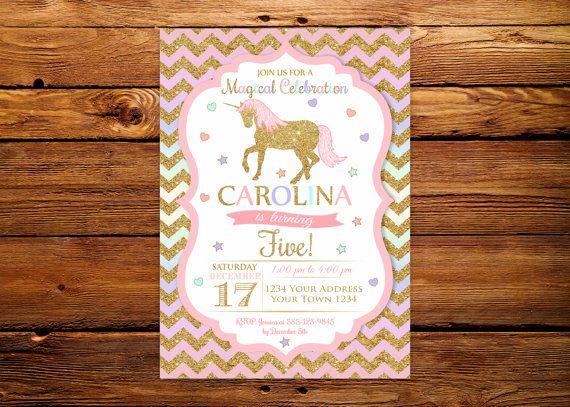 Invitación del cumpleaños del unicornio. Invitación fiesta del unicornio arco iris. Invitación de rosa y oro blanco del arco iris. Invitación de la muchacha. Oro Chevron. Cualquier edad.