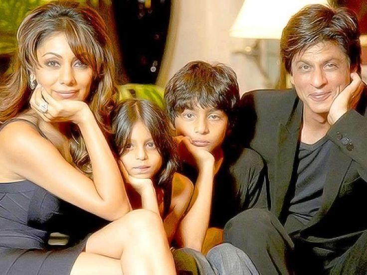 Shah Rukh Khan with his wife, Gauri and children Aryan and Suhana.