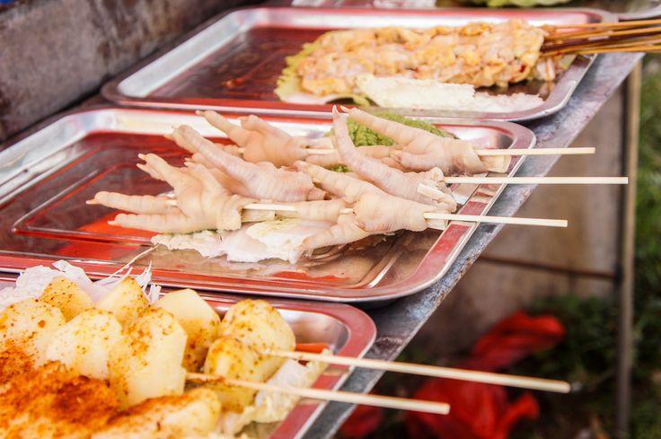 Een culinair hoogstandje in China: pootjes! Durf jij het aan? #food #china #travelsmartnl