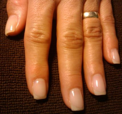 Natural nails uv gel overlay -