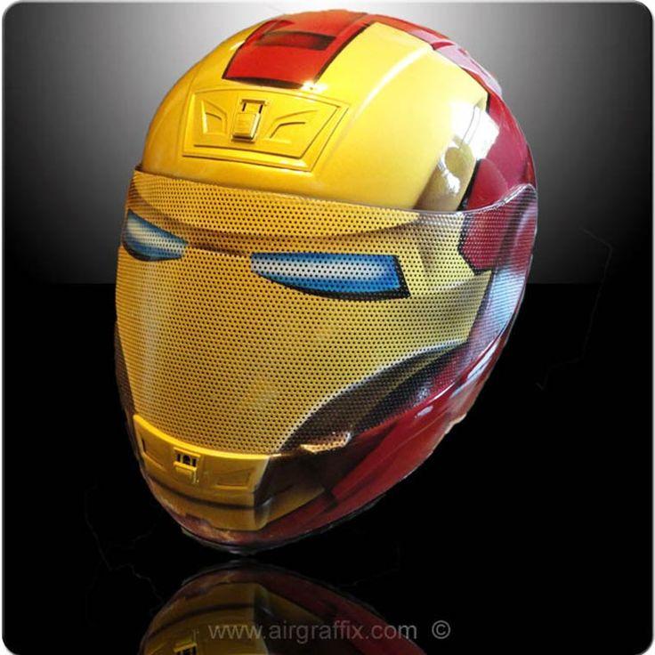 Des casques de moto customisés Marvel, DC Comics et plus en encore