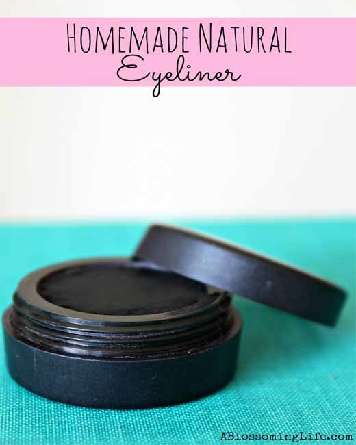 You can avoid costly eyeliner cosmetics and go all-natural and organic by making eyeliner at home with this recipe. #Homemade_eyeliner, #homemade_natural_eyeliner