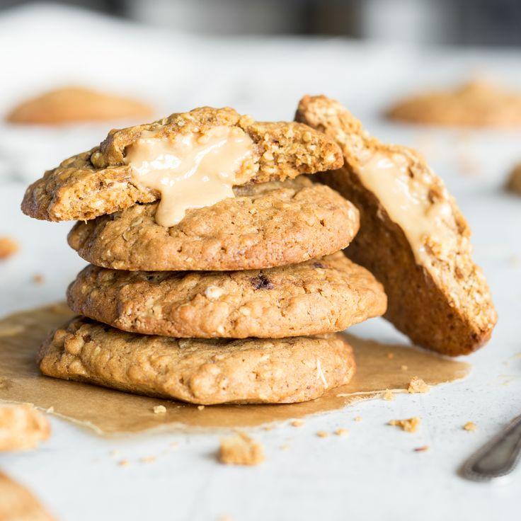 Gefüllte Cookies mit Karamell und Erdnussbutter
