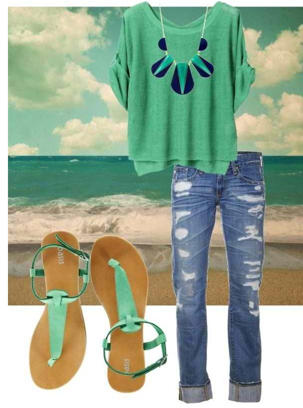 This teal outfit is my ideal color because I have a spring skin tone. This color gives the outfit a relaxing and peaceful feeling.