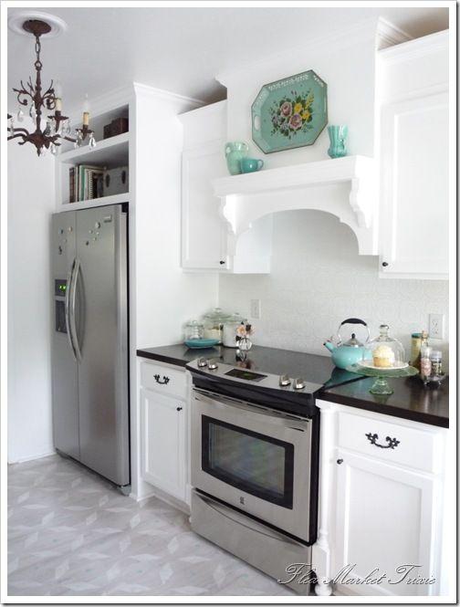: Trays, Idea, Kitchens Design, Open Shelves, Built In, Range Hoods, Fleas Marketing, Kitchens Hoods, White Kitchens
