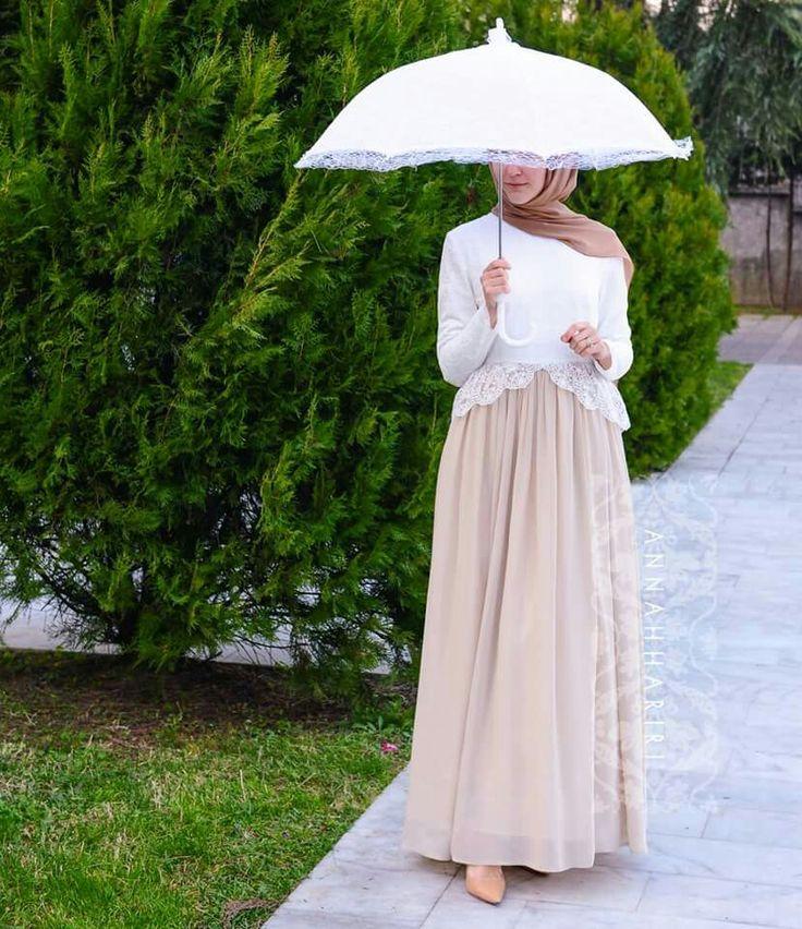 Anna Hariri