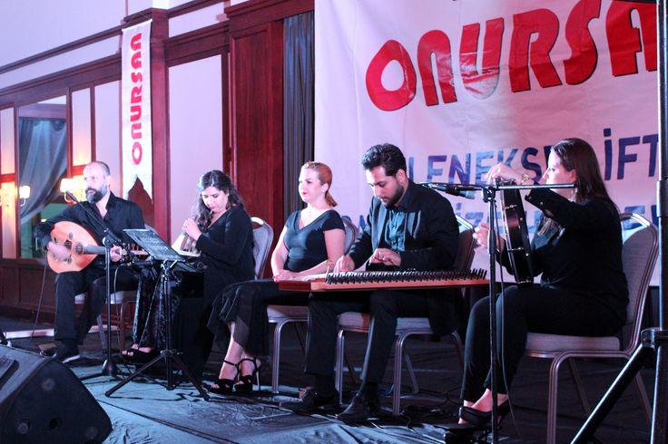Solist - Ud - Kemençe - Kanun - Perküsyon www.solomuzik.com #kemence #Solist #ud #kanun #bendir #hanende #sazende #iftar #ramazan #solomuzikorganizasyon #fasıl #onursan #divanfenerbahcefarukılgaz Divan'dayız