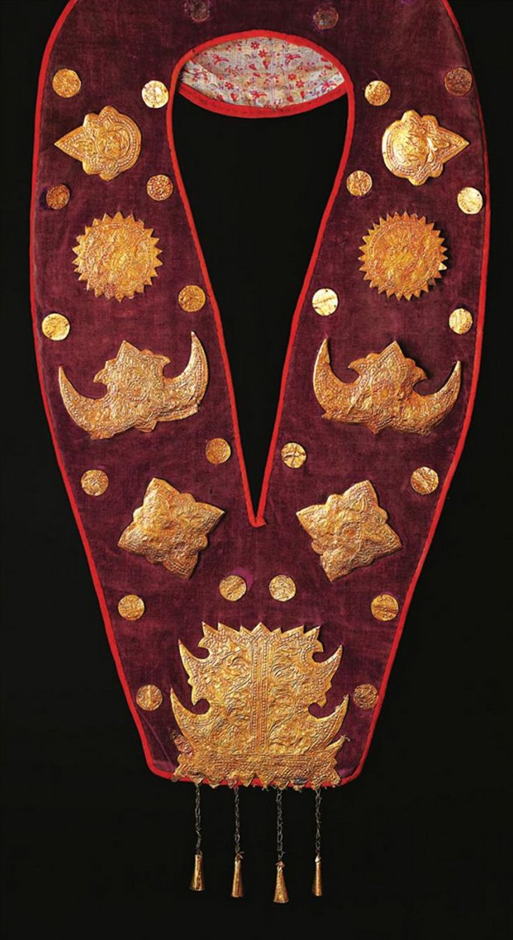 Indonesia ~ West Sumatra, Minangkabau | Embellished velvet collar; gold foil, metal foil, silver gilt, velvet, cotton | 19th - early 20th century || Source: 'Gold Jewellery of the Indonesian Archipelago'; pg 293