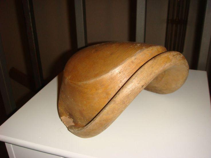 antike Hutform aus Holz - Kapotte