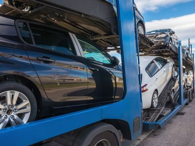 #EasyHaul is the one-stop shop for #vehicle #shipping and provides support at every step when shipping your vehicle. For all your shipping needs, contact with EasyHaul.