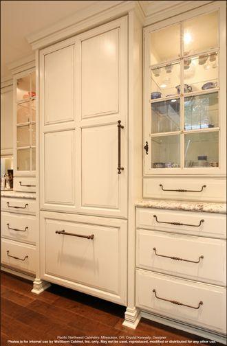 Wellborn Cabinet, Inc. - Hidden refrigerator and lighted cabinets