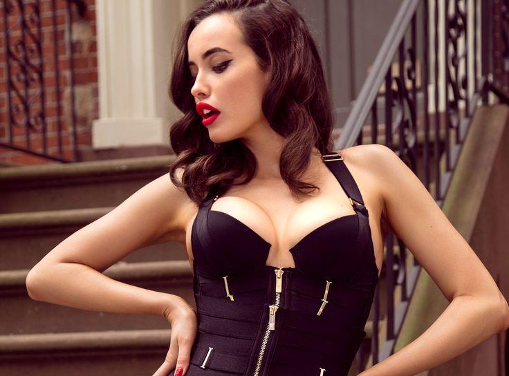 Shapewear hot enough for a striptease? Of course mon amour, it's Honey Birdette! #honeybirdette
