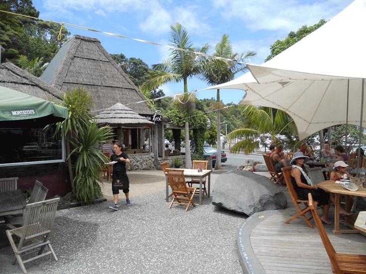 Schnappa Rock Bar and Restaurant. A Coastal Institution!