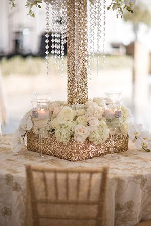gold wedding ideas Engage!13: Great Gatsby Wedding Theme