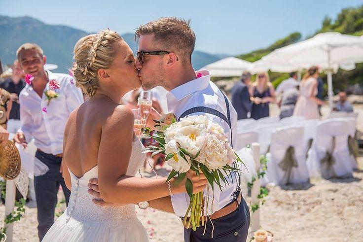 Peony beach wedding bouquet for Jenny by Gourioti Flowers for Lefkas Weddings