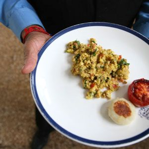 /Recipes/Parsi-Style-Scrambled-Eggs