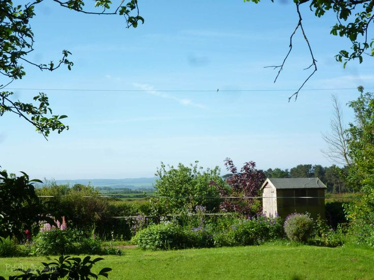 Caravan with a view at Beadlam Rigg, Helmsley, North Yorkshire - Pitchup.com