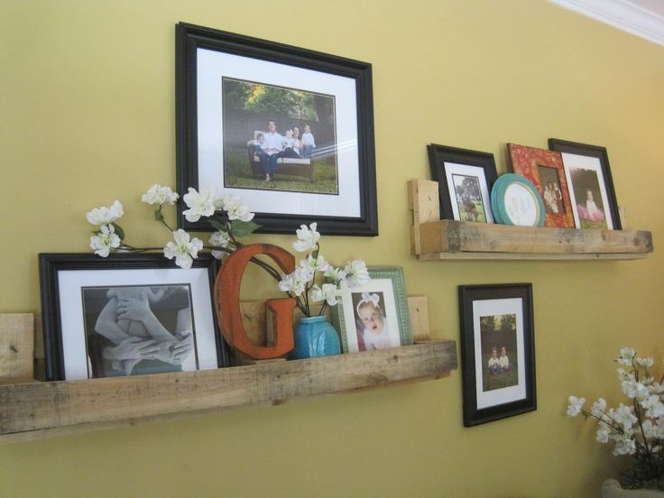I love the idea of using old pallets for shelving. Here you cut your pallet into thirds.