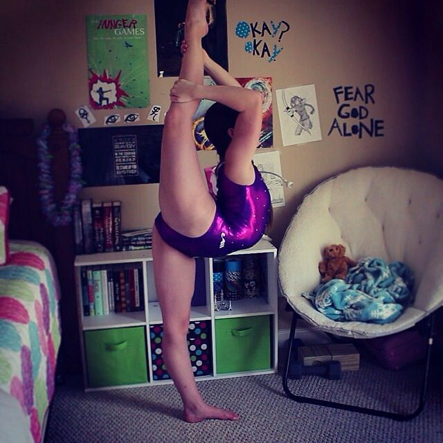 Rachel from the Seven Gymnastics Girls YouTube channel doing an incredible needle.
