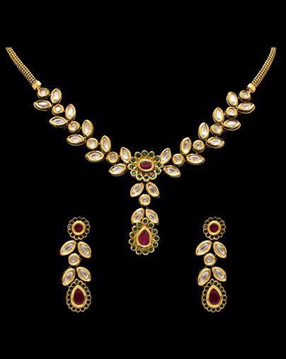Vilandi set with ruby stones