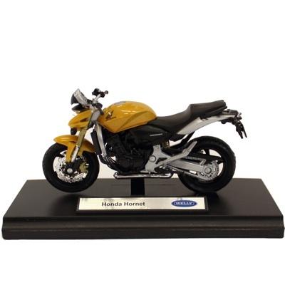 Motocicleta Honda Hornet - 22 RON   Un cadou potrivit pentru toti pasionatii de motociclete. Macheta motocicleta motocicleta Honda Hornet, scara 1/18, este o motocicleta de colectie confectionata din metal, avand un aspect real.