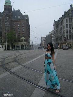 Julie Estelle . Gadis cantik sangat mempesona. Dalam artikel ini akan menampilkan foto Julie Estel...