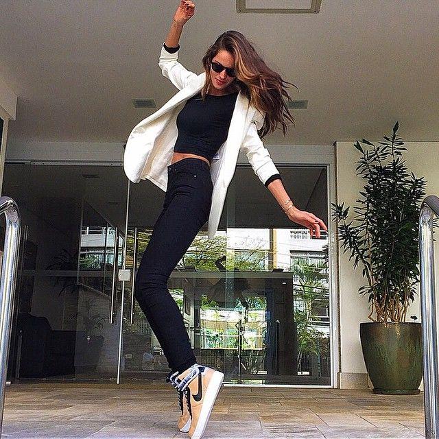Izabel Goulart @iza_goulart Hello São Paulo!!...Instagram photo | Websta (Webstagram)