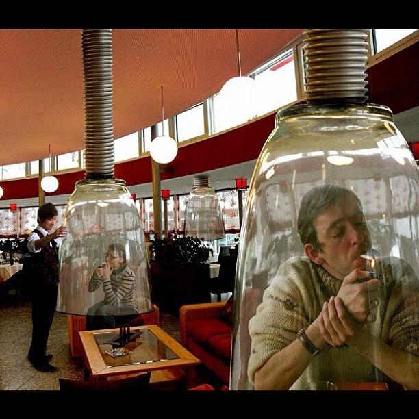 Smoking pods in Japan