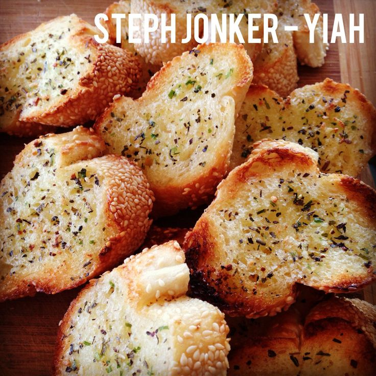 Garlic bread using YIAH Herb and Garlic Dip mix and Persian salt  For more info and to purchase:  http://www.stephaniejonker.yourinspirationathome.com.au/  or visit me at   www.facebook.com/stephyiah