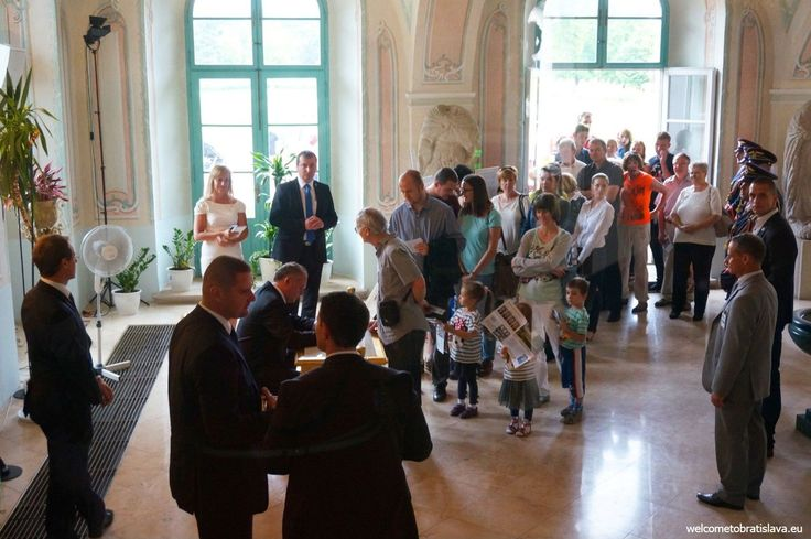 OPEN DOOR AT THE PRESIDENTIAL PALACE - Meeting the Mr President