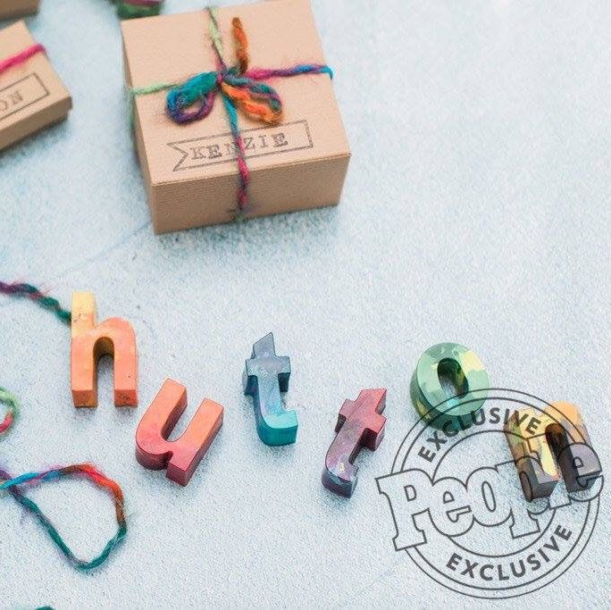 Head on over to People Magazine online and check out the colorful fun we added to Hutton's 3rd Birthday Party! We had a blast creating favors for Beverley Mitchell and their Art themed party inspired by our Original Rainbow Crayons! Happy Birthday Hutt!